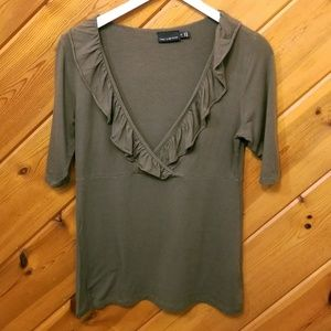 Olive Green Blouse Knit Top Ruffle Neckline med